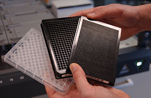 figures/300px-Microplates.jpg